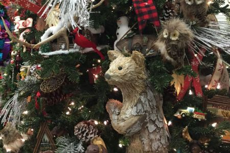 Bears, owls, pine cones, skis and more decorate Canada's woodsy tannenbaum.