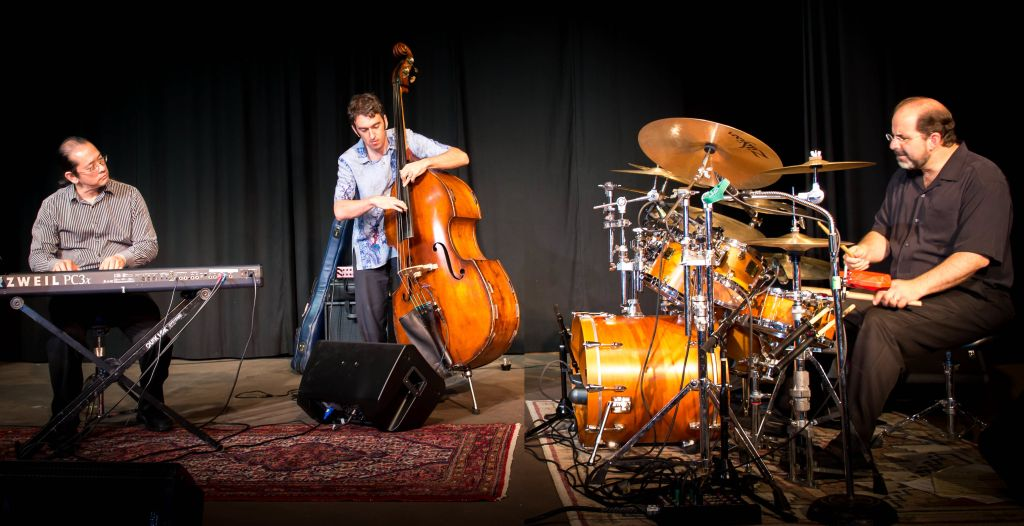 HIGH-VOLTAGE JAZZ   Charged Particles comes to Ventura's Copa Cubana