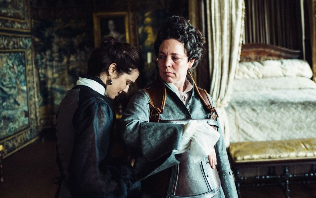 <em>THE FAVOURITE</em> | Scathing wit and skulduggery abound!