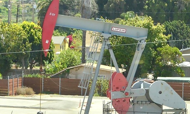 """NO MORE """"NO LIMITS""""   County amending rules for new oil drilling on old permits"""