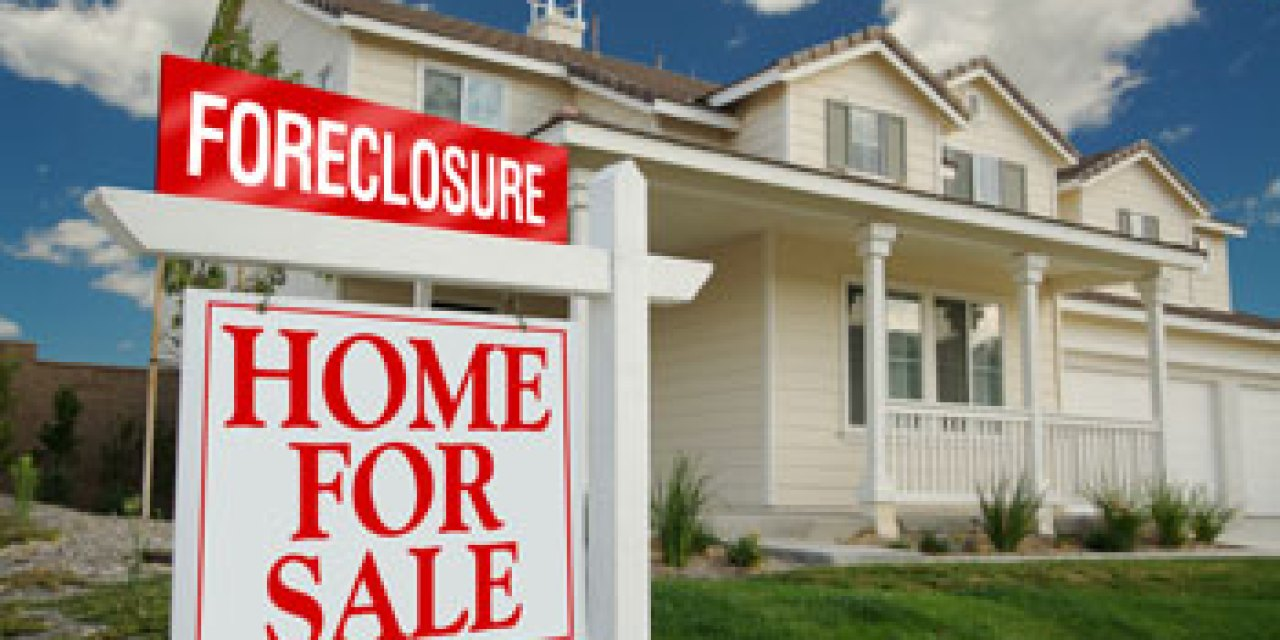 Oxnard buys foreclosed homes for low-income families