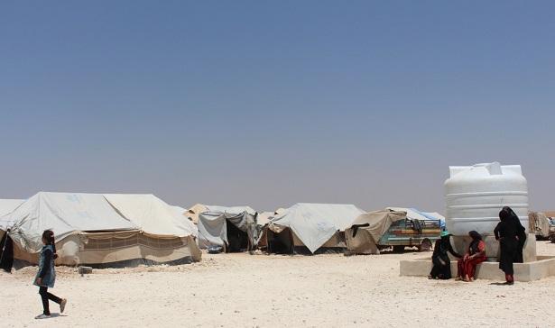 منبج: حالة النازحين تزداد سوءاً في المخيمات في ظل ارتفاع درجات الحرارة