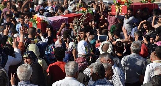 وحدات حماية الشعب: تشييع 3 شهداء والكشف عن سجل اثنين