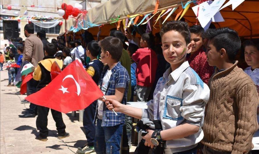 تركيا تحتفل بـ عيد السيادة الوطنية على الأراضي السورية
