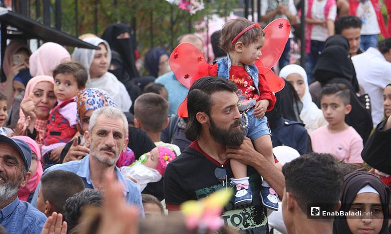 اللاجئ السوري في حضرة الملك العاري إمام أوغلو