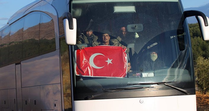 تركيا ترسل المزيد من التعزيزات إلى الحدود السورية