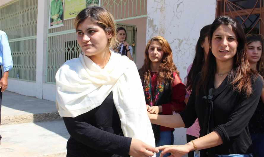 قوات سوريا الديمقراطية تسلم 5 نساء ايزيديات وطفل لذويهم