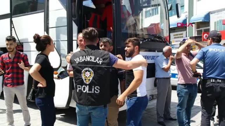 """مسؤول تركي يتهم لاجئا سوريا قتلته حكومته على الحدود ب """"الإرهاب"""""""