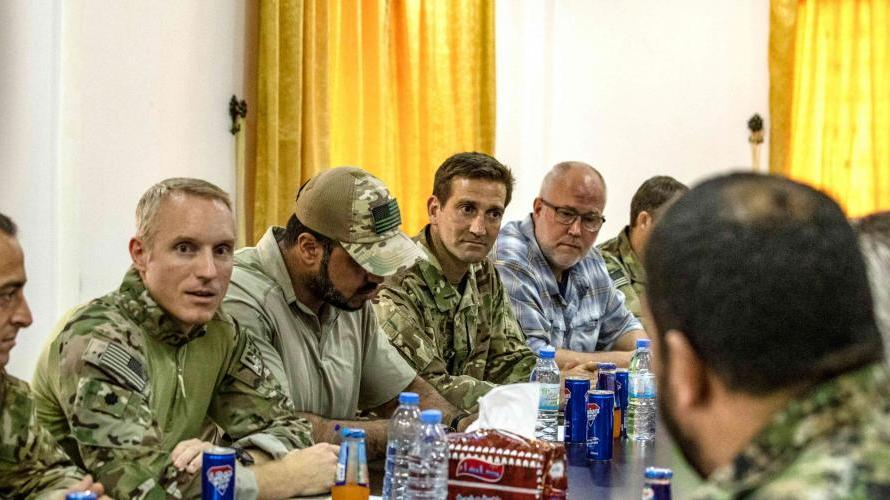 التحالف الدولي يناقش مع مجلس تل ابيض العسكري خطة زيادة عدد قوات المجلس وتدريبهم