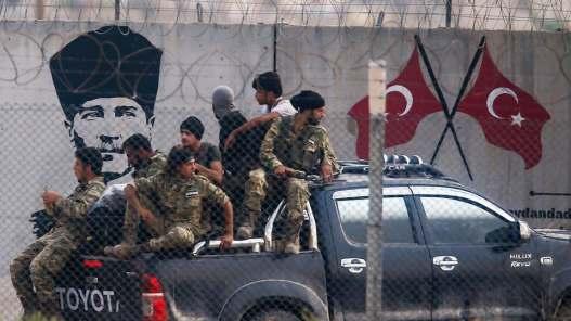 حقيقة قيام تركيا بارسال مسلحي الجيش الوطني للقتال في ليبيا
