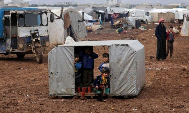 الاستغلال يزيد معاناة النازحين والفارين إلى المناطق السورية الخاضعة لسيطرة تركيا