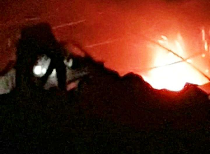 ضحايا في انفجار مستودع ومصنع ذخيرة قرب مخيم العرموطة بريف حلب