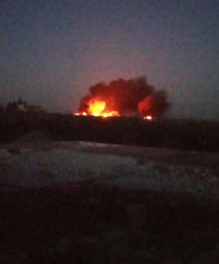 قتلى وجرحى في قصف استهدف معبر الحمران وحراقات النفط جنوب غربي جرابلس