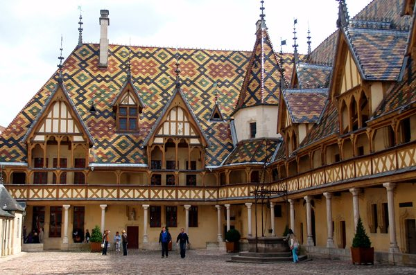 hospices-de-beaune-borgoña