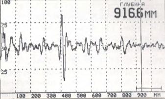 Рис. 6. Донный эхо-сигнал на экране А1220 «Мо нолит» при контроле бетонной плиты толщиной 400 мм