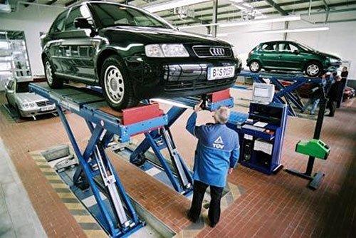 В техпаспорте на авто должны быть данные о техническом осмотре и соответствии экологическим нормам