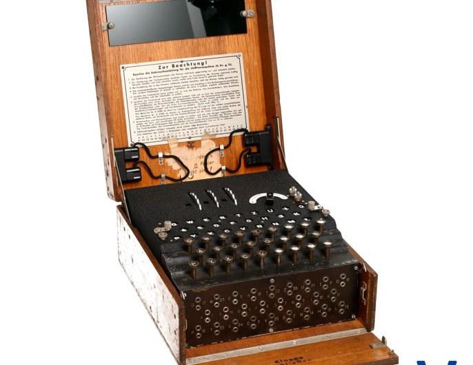 Enigma, časť 1/3: Ako prekabátiť Evu