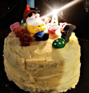 Deckchair Gardener birthday cake, copyright Anne Wareham