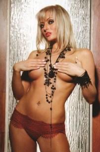 Delia Matache (26)