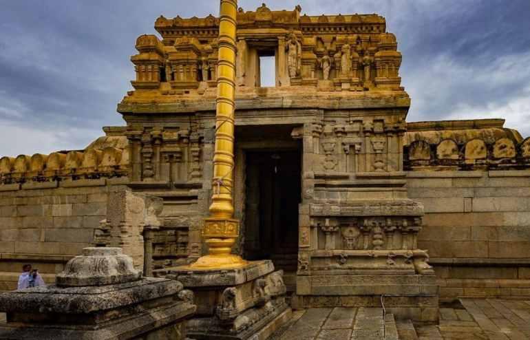 Veerabhadra Temple - Lepakshi