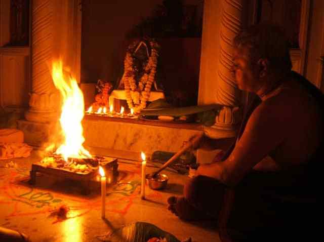 VASTU DEFECTS - PRASHNA,OMENS, FIRE SACRIFICE