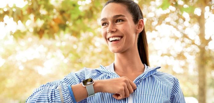 Fitbit Versa Ladies Smartwatch