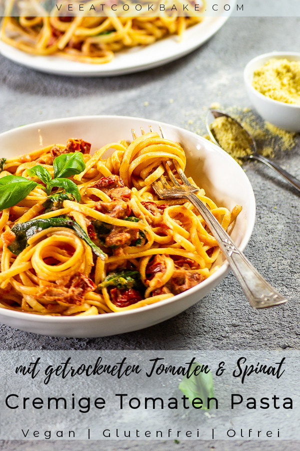 vegan-cremige-tomaten-pasta-getrocknete-tomaten-spinat-07