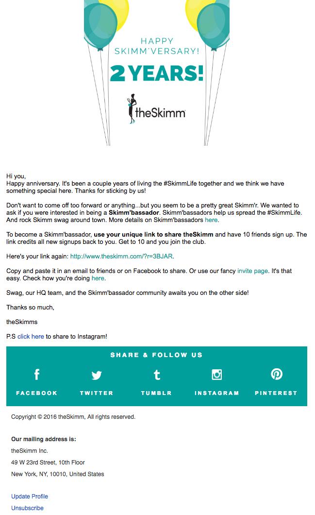Campaña de marketing por correo electrónico en el aniversario de un usuario suscriptor con TheSkimm