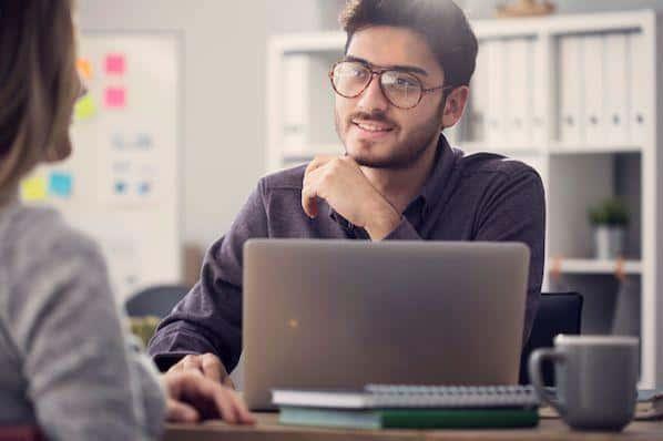 16 de las mejores preguntas de la entrevista de trabajo para preguntar a los candidatos (y qué buscar en sus respuestas) – Veeme Media Marketing