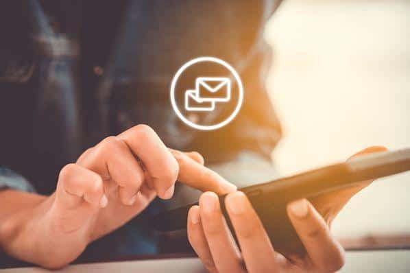 10 grandes ejemplos de correos electrónicos de bienvenida para inspirar tu propia estrategia – Veeme Media Marketing