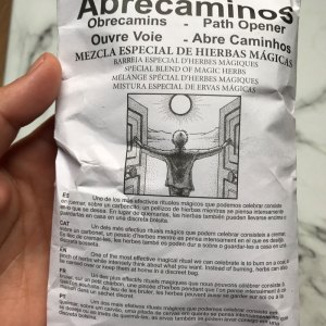 hierbas-magicas-abrecaminos