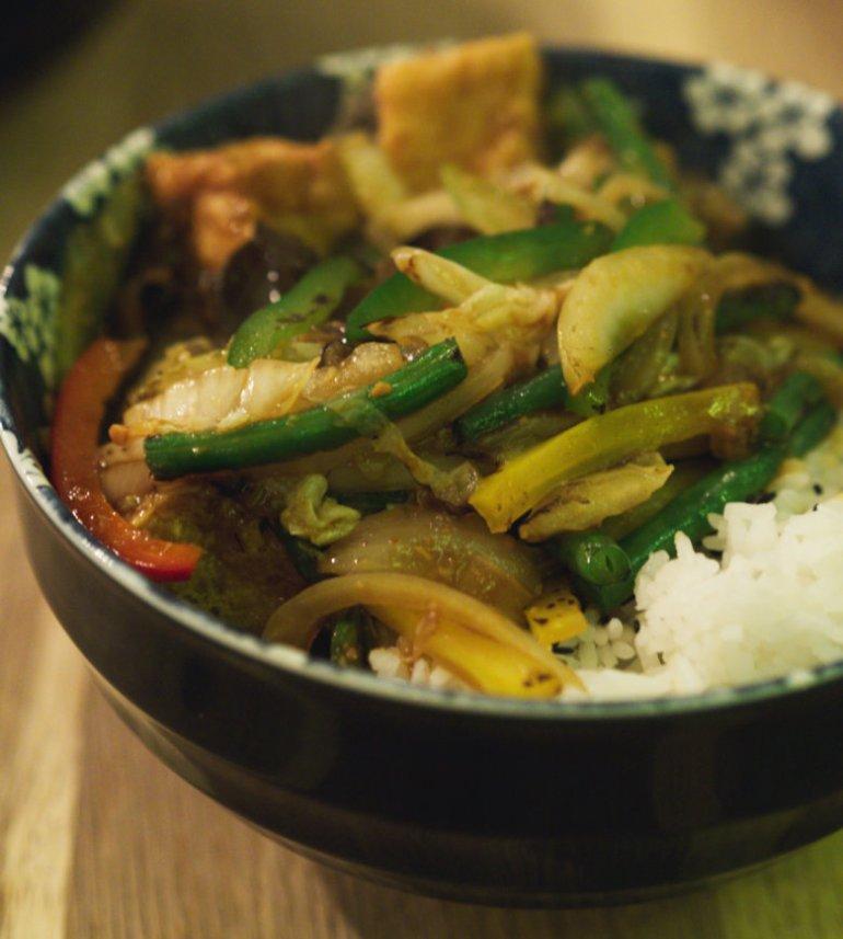 Vegan Stir Fry Veg in Satay Sauce