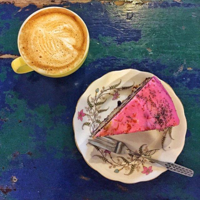 Love crumbs Vegan Cake