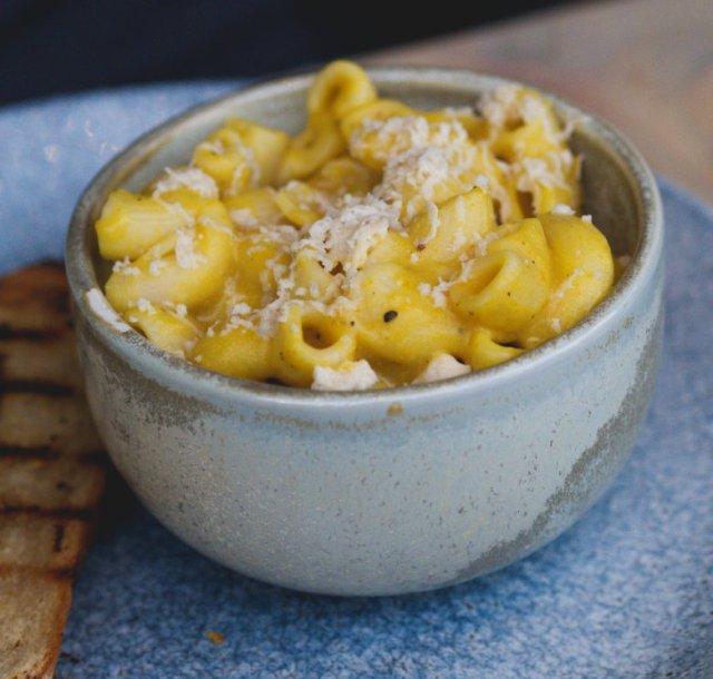 Vegan macaroni cheese at Vesta, Edinburgh