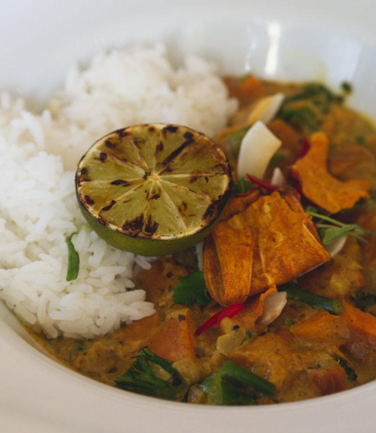 Vegan Keralan curry at Ivy on the Square, Edinburgh