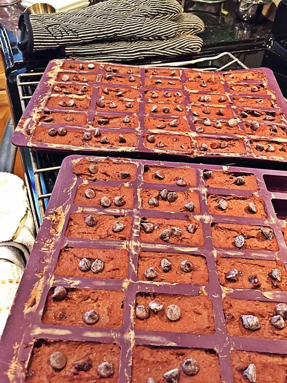 Image of the Epicure Perfect Petites silicone baking trays, filled with whole foods vegan fat-free bean brownies.