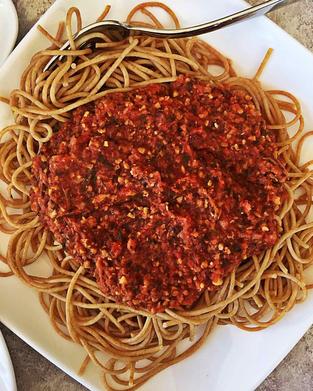 Vegan Healthy Marinara Sauce on Spaghetti