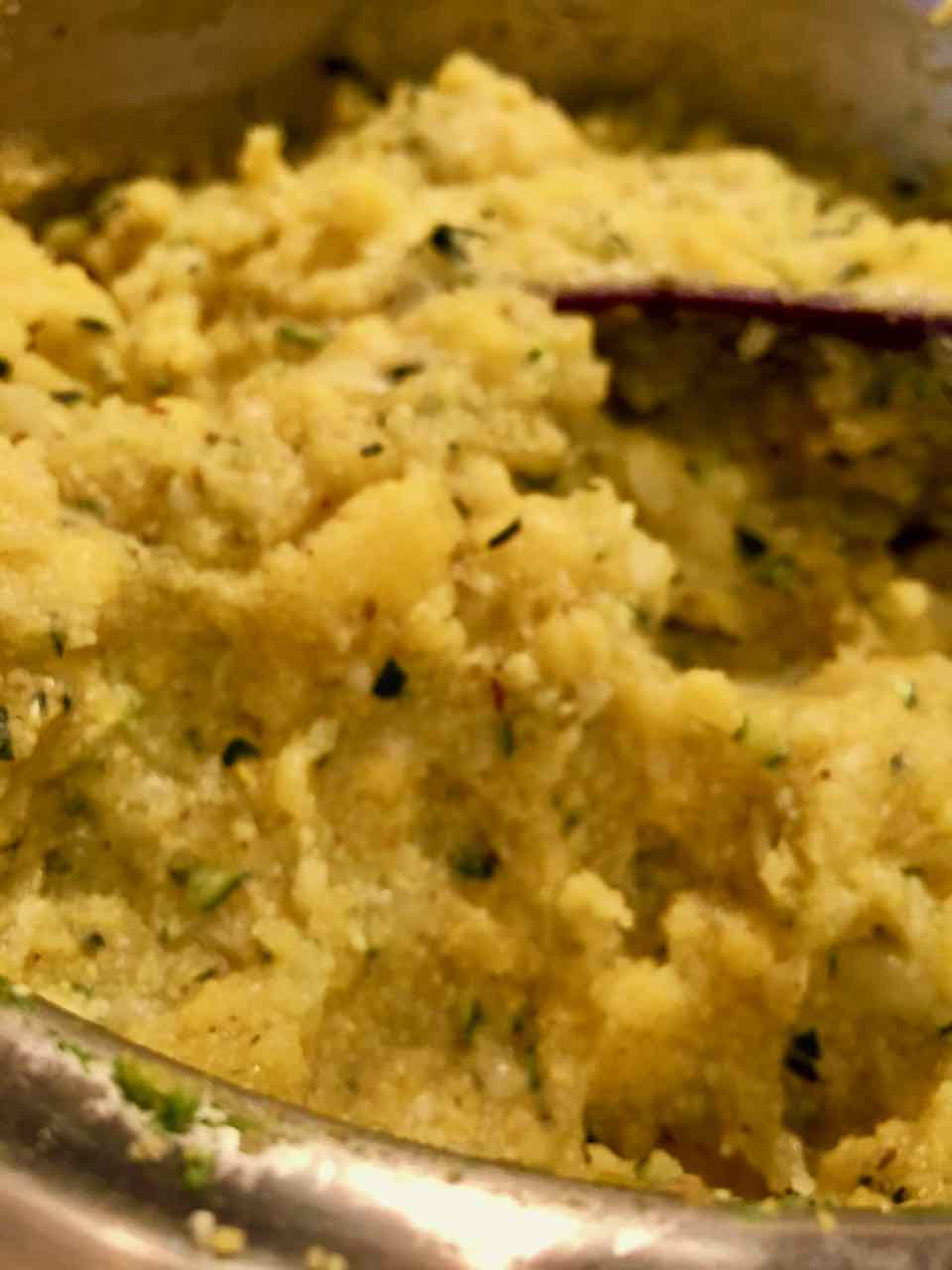 vegan no-oil cornmeal polenta with zucchini