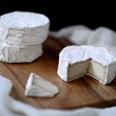 Vegan cheese: Camembert!