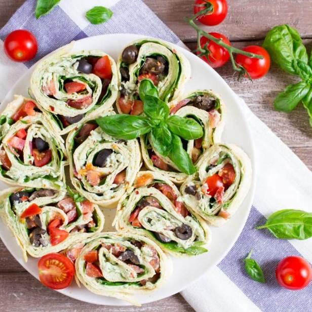 Vegan Basil Ricotta Pinwheels Recipe - Vegan Finger Food Recipes