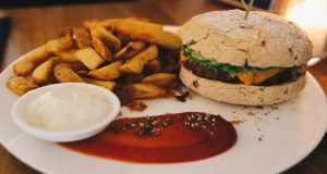 MD Meatless District Burger