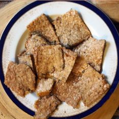 thinly sliced marinaded tempeh