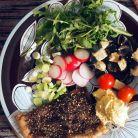mezze plate+ flatbreads