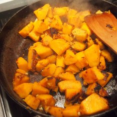 fry the chunks of squash with garlic and lemon juice for 8-10mins.