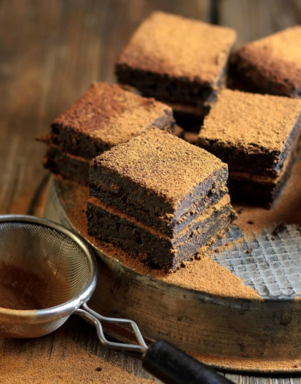 Mexican_hot_chocolate_double_fudge_brownies