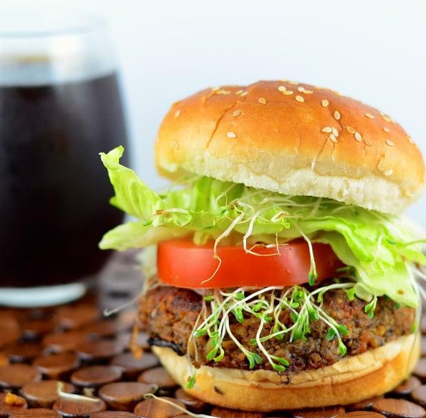 vegan tempeh black bean burger