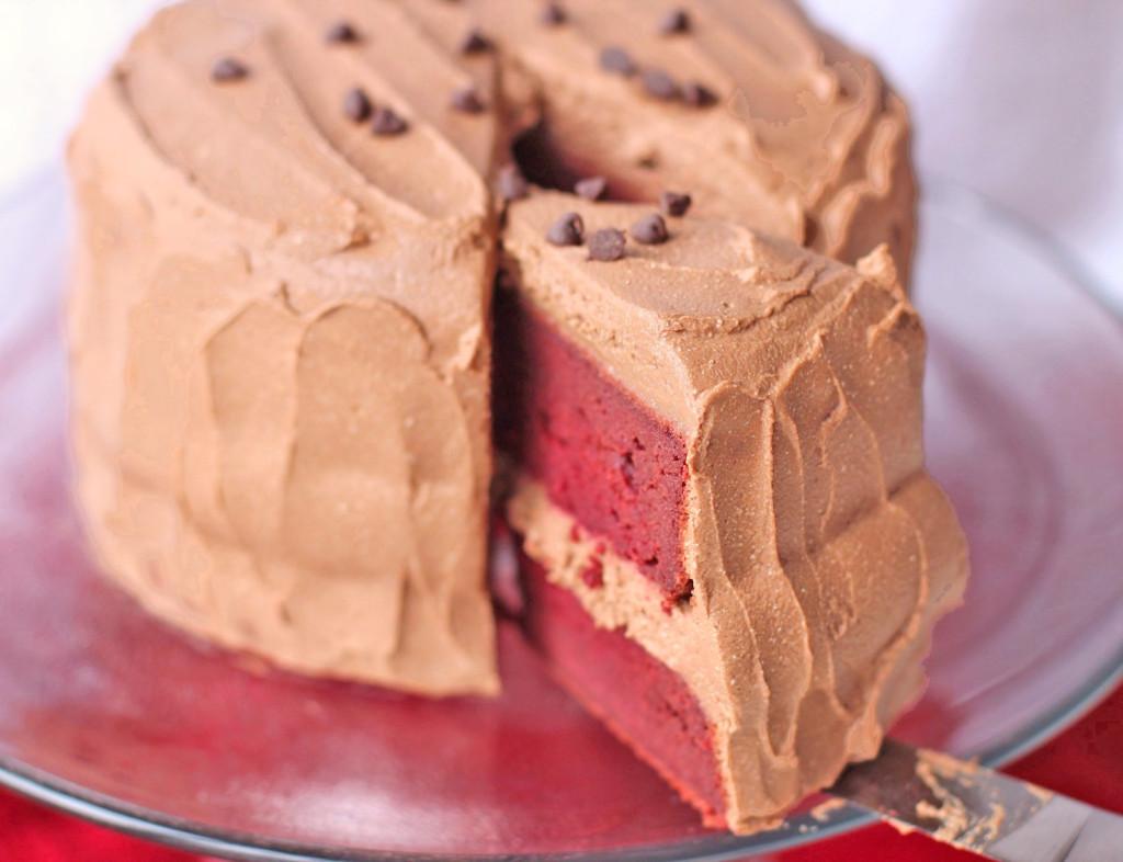 Red Velvet Silk Cake Pie