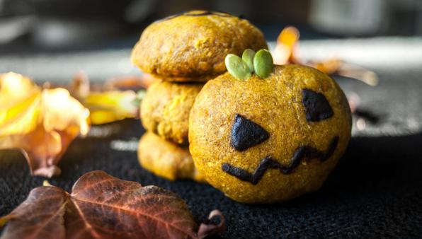 halloween pumpkin cookies