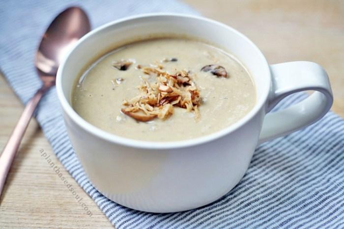 Creamy Mushroom Bacon Soup