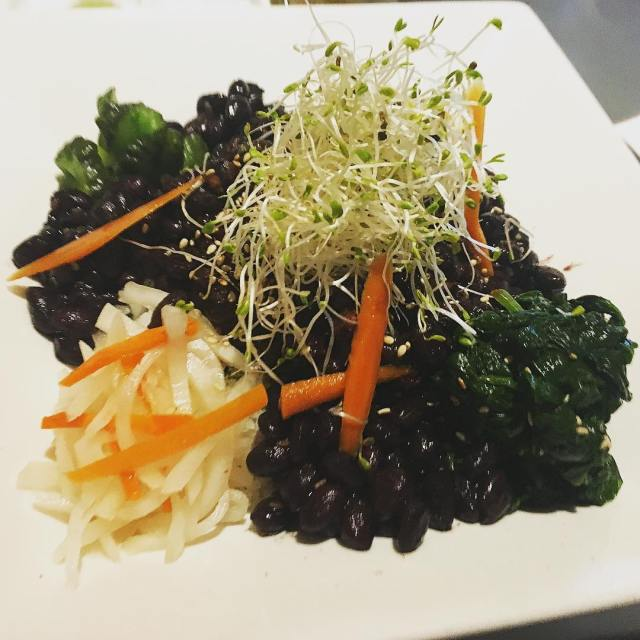 Looking for a new veganfriendly restaurant in cleveland ? Tryhellip